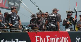 Emirates Team New Zealand wygrywa Louis Vuitton Act 2
